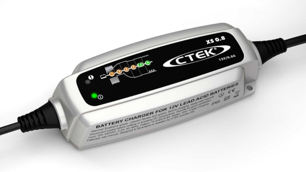CTEK XS 0.8 - CARICABATTERIE E MANTENITORE DI CARICA